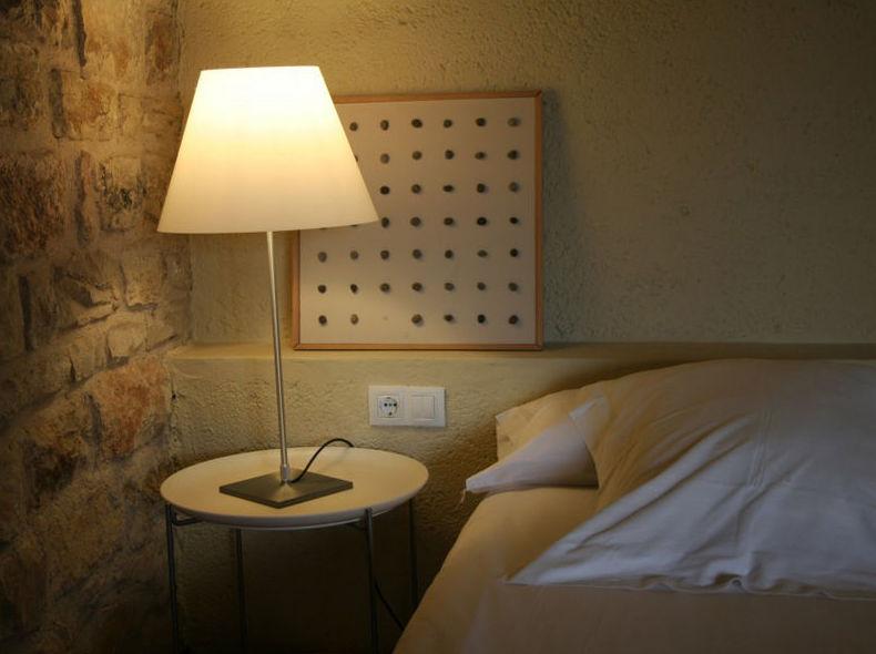 Aldea de turismo rural con habitaciones modernas y confortables