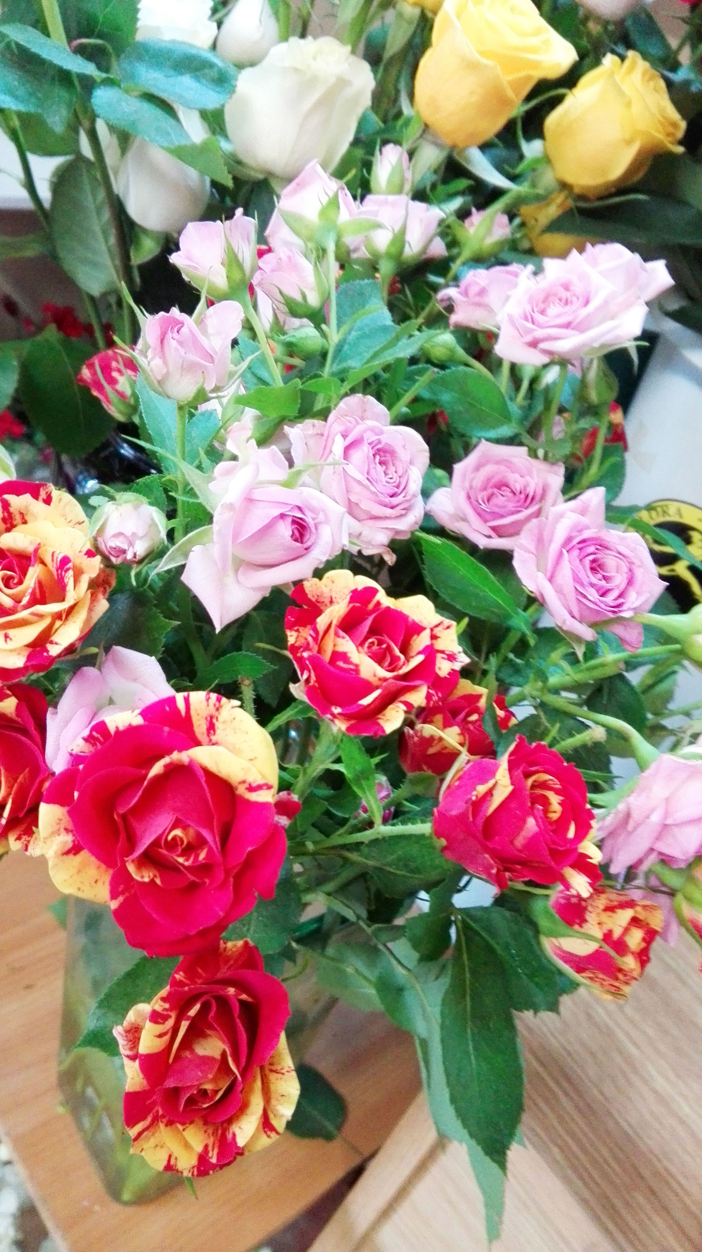 Variedad de rosas siempre disponibles
