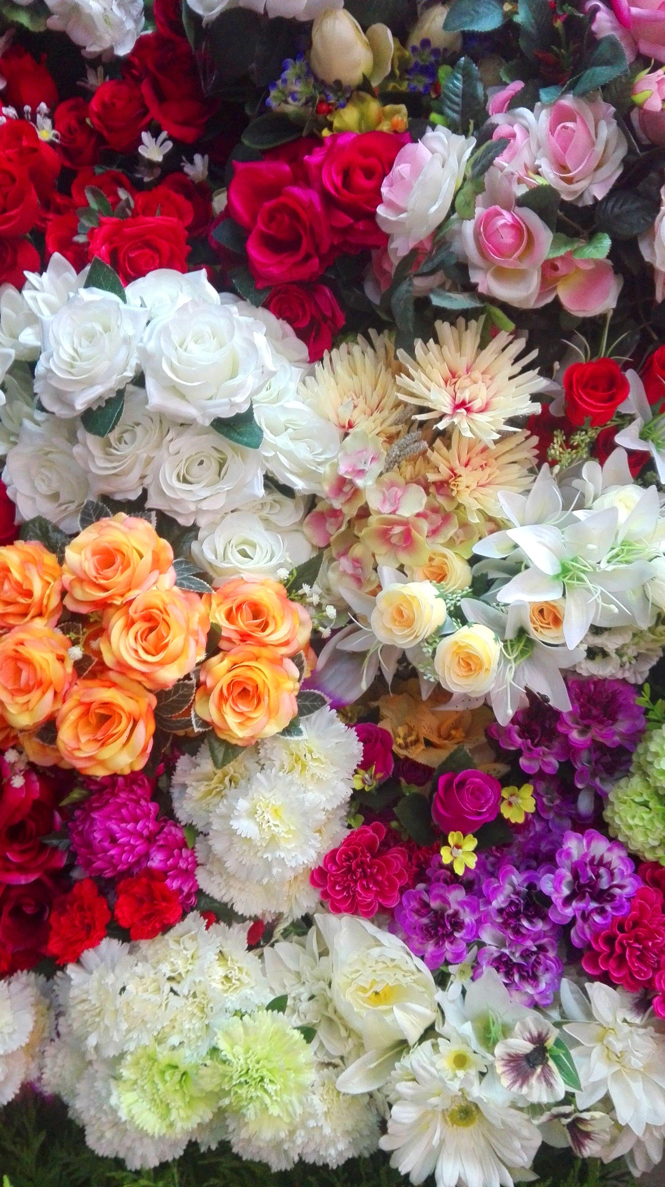 Variedad en flores artificiales