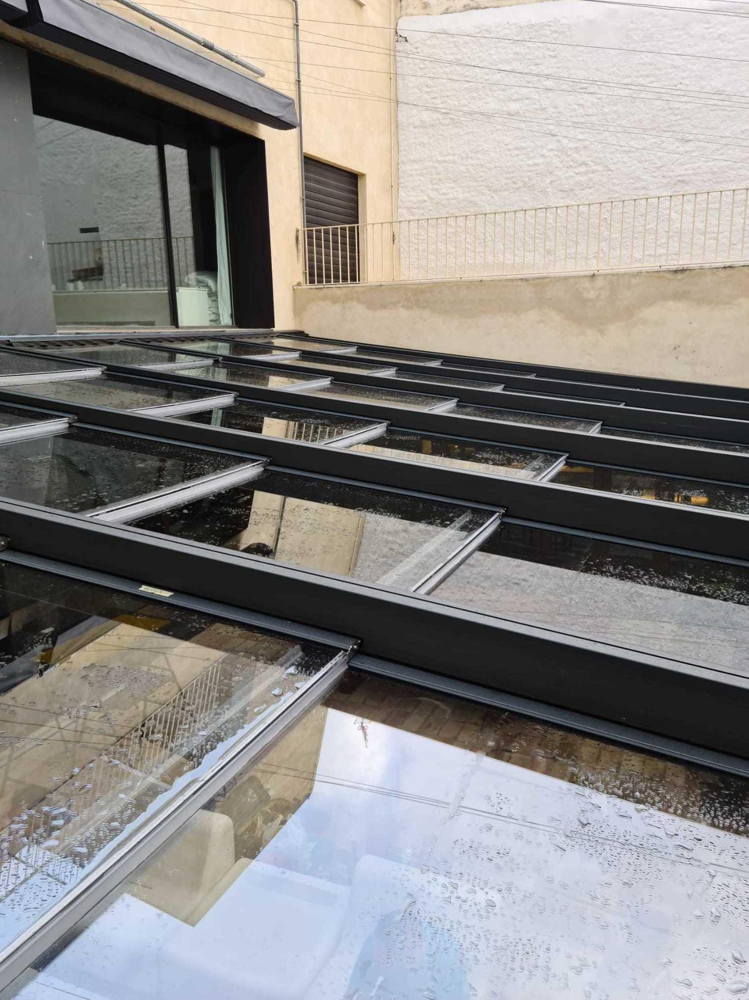 Foto 7 de Cristalerías en Castilleja de la Cuesta | Cristalería Adorna