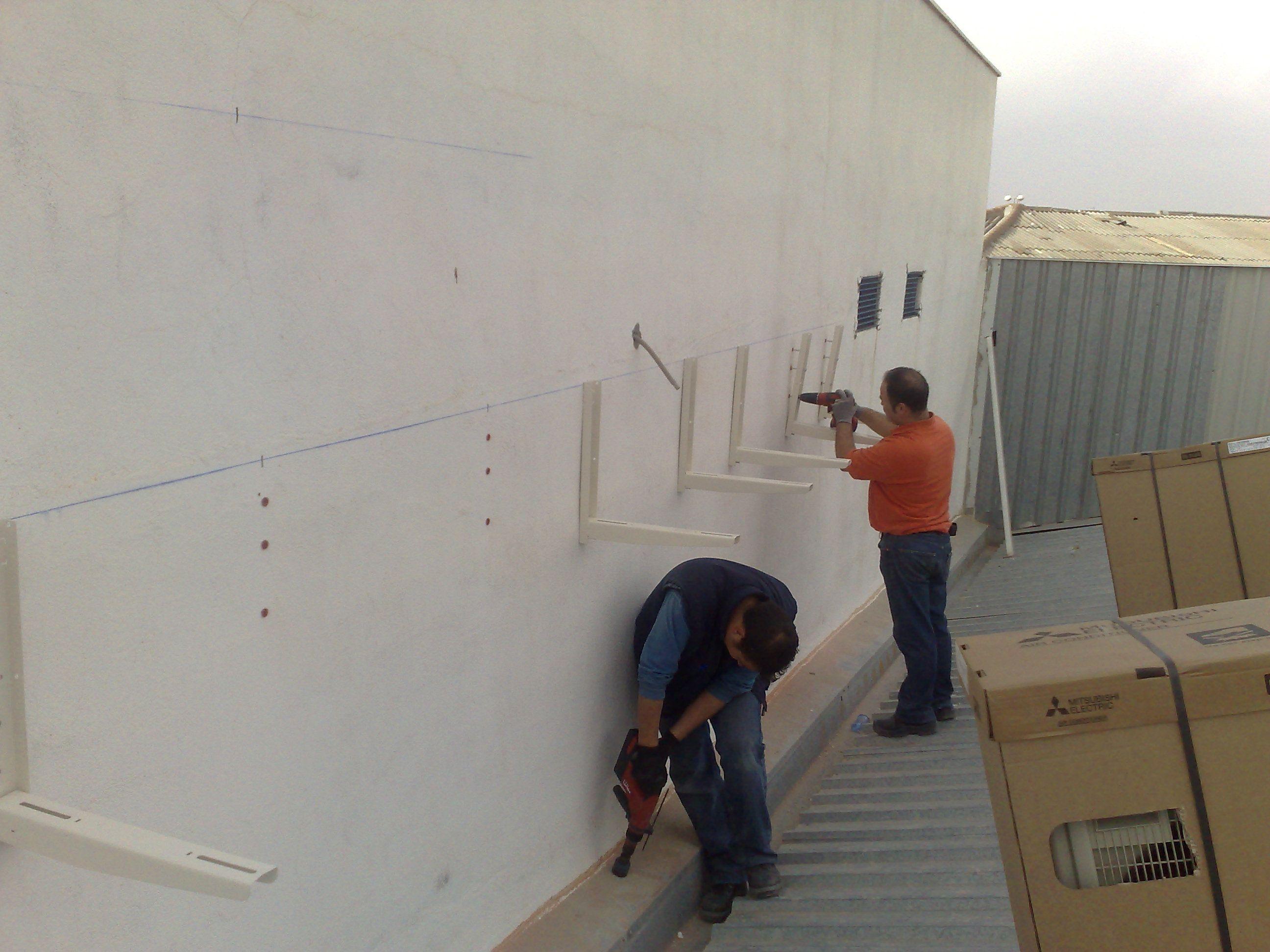 Foto 10 de Instalación, reparación y mantenimiento de aire acondicionado en Quintanar de la Orden | Servi- Electro Quintanar