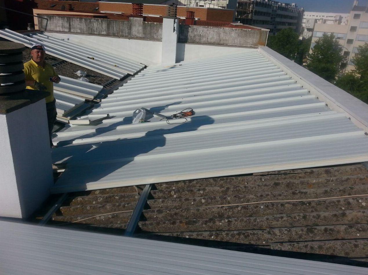 Rehabilitaci n de tejados y cubiertas servicios de pedro vertical - Tejados y cubiertas ...