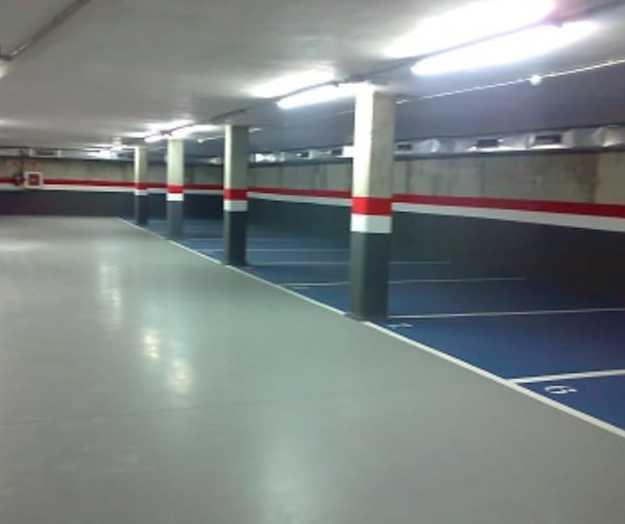 Revestimiento de pintura EPOXI en parkung (Cornellá de Llobregat Noviembre 2015 )