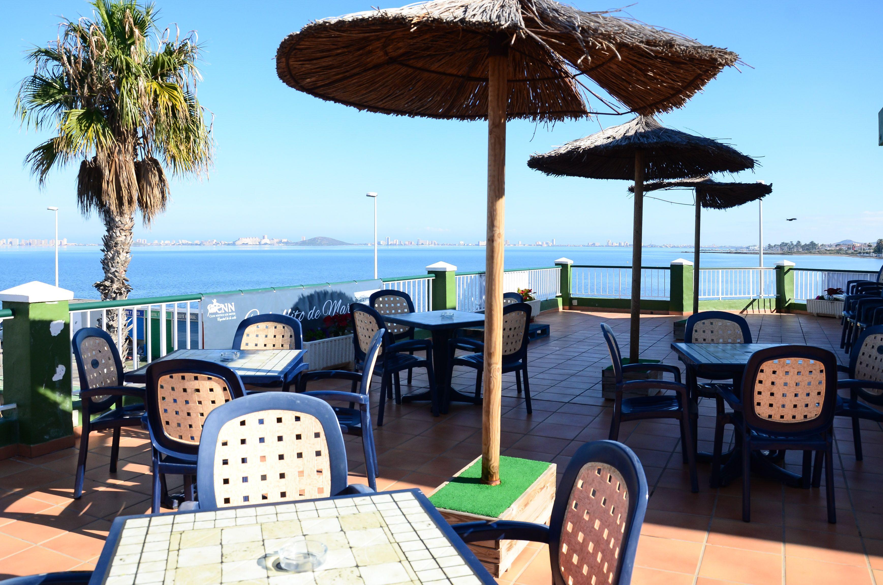 Foto 1 de International kitchen en Los Nietos | Restaurante Club Náutico Los Nietos
