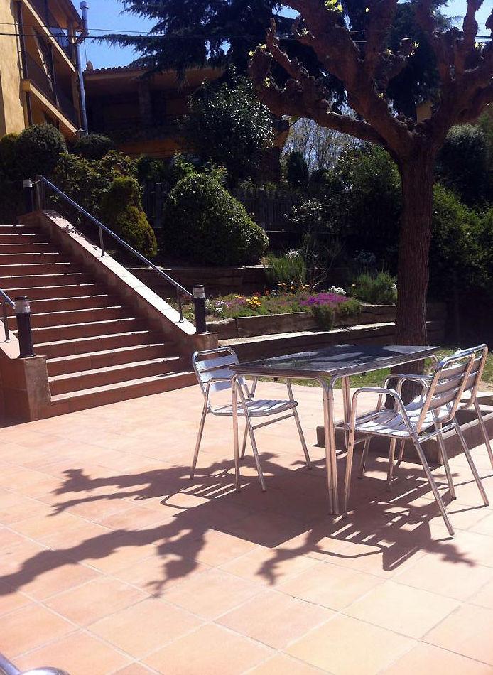 Restaurante con terraza y jardín en Campins, Barcelona