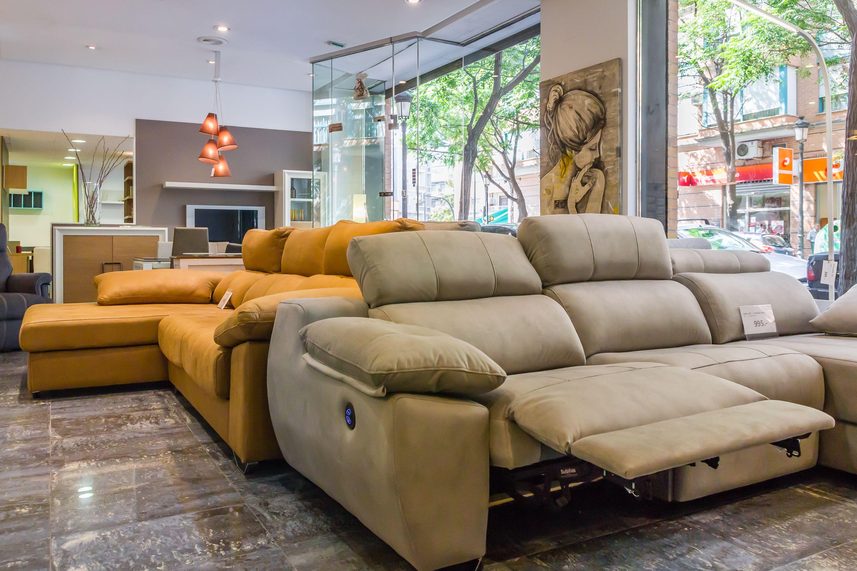 Foto 4 de Muebles y decoración en València | ilumueble