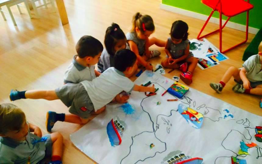 Potenciamos su imaginación: Nuestro método de Little Friends