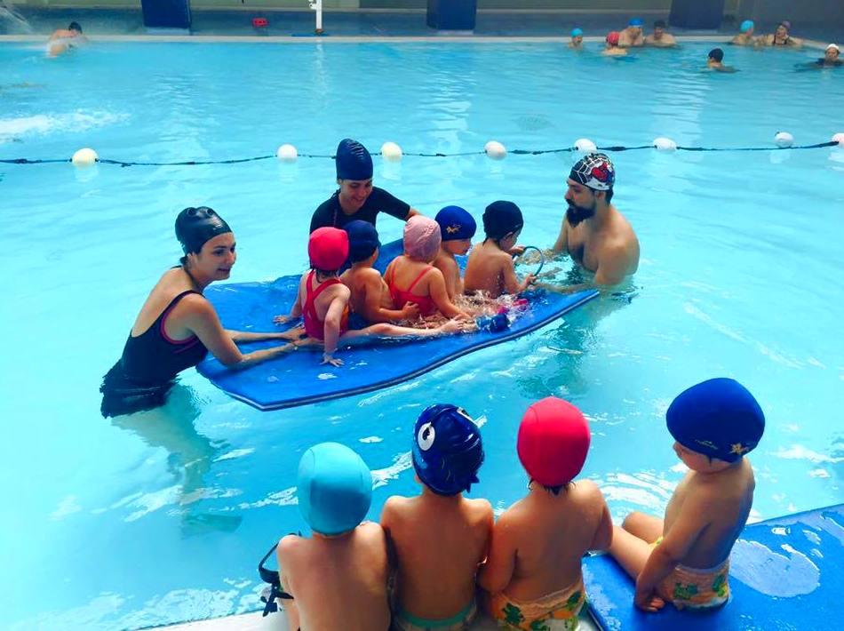 curso de natacion, little friends