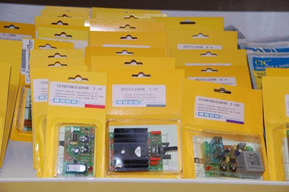 Kits de montaje electrónicos