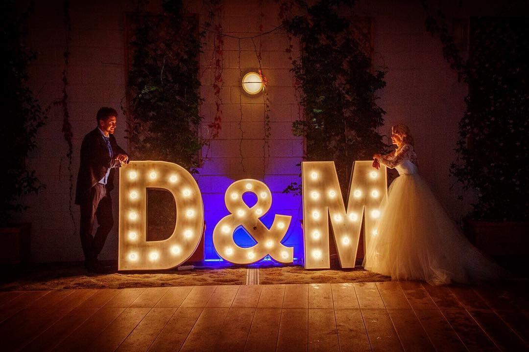 Letras luminosas para bodas en Ourense originales
