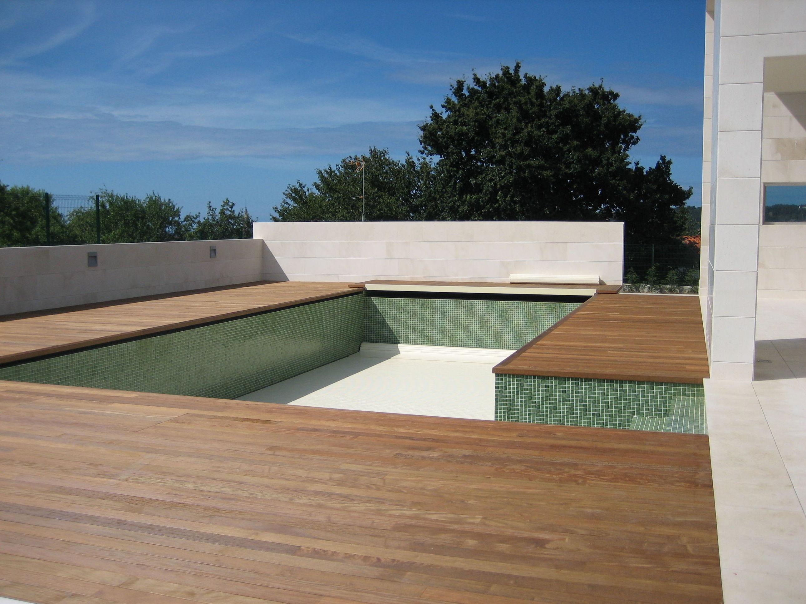 tarima exterior piscina GIJON