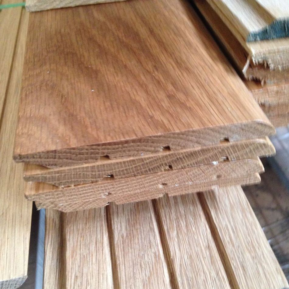 OFERTA zocalo o rodapie macizo de madera de roble suministro a toda España