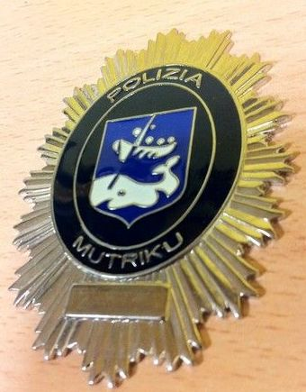 PLACA POLICIA MUTRIKU