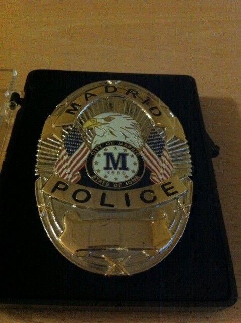 PLACA DE LA POLICIA DE MADRID