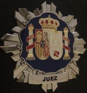 PLACA INSIGNIA METALICA DE JUEZ