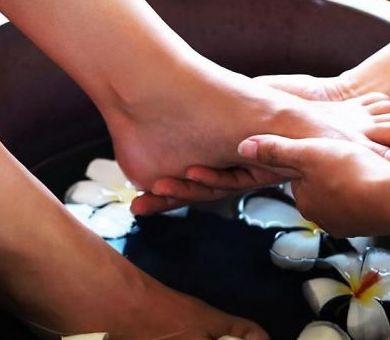 Hidrolinfa: Catálogo de Fisioterapia y Osteopatía Víctor Lluch
