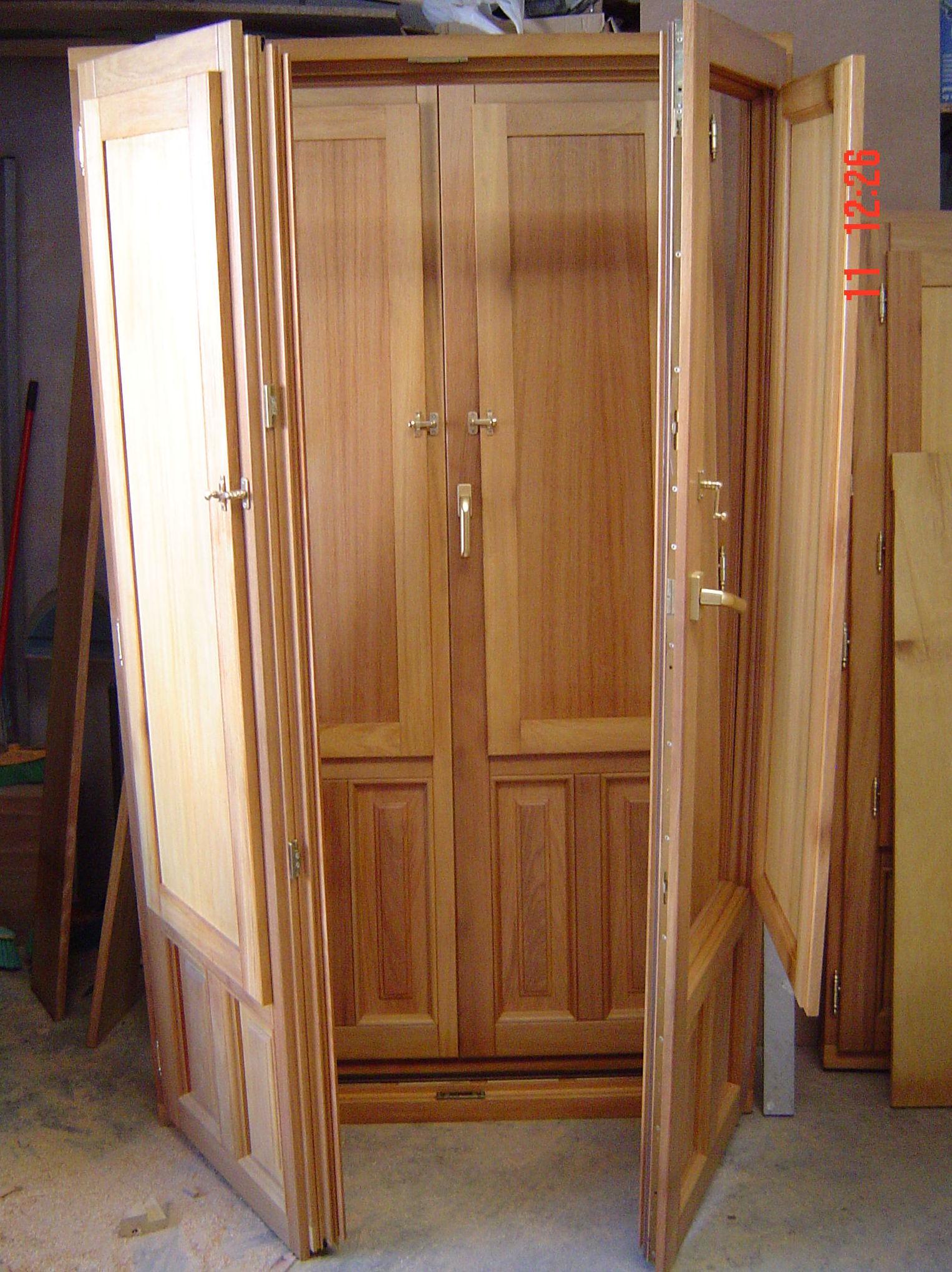 Puertas y ventanas de madera en Vitoria-Gasteiz