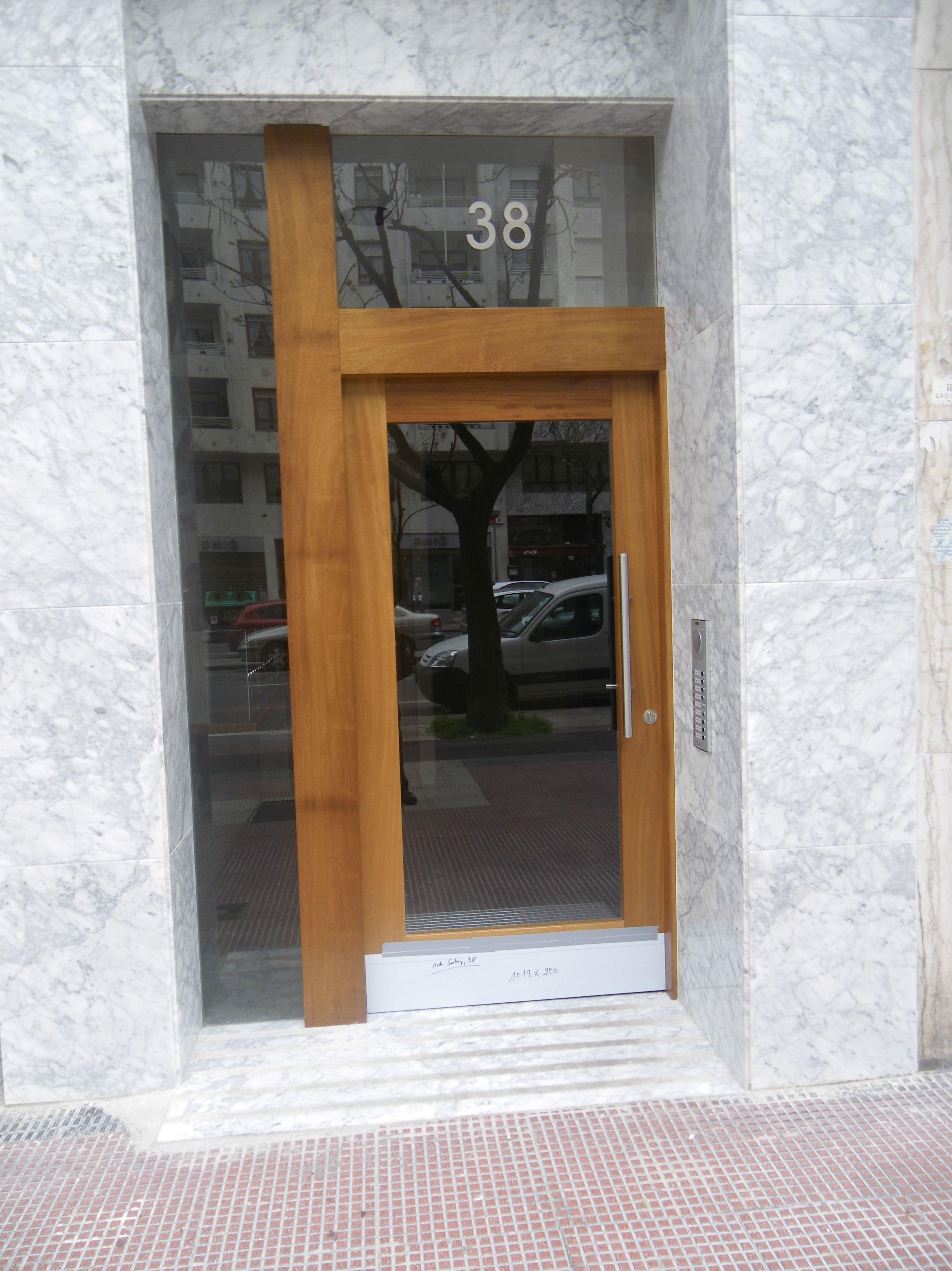 Puertas para portales de madera