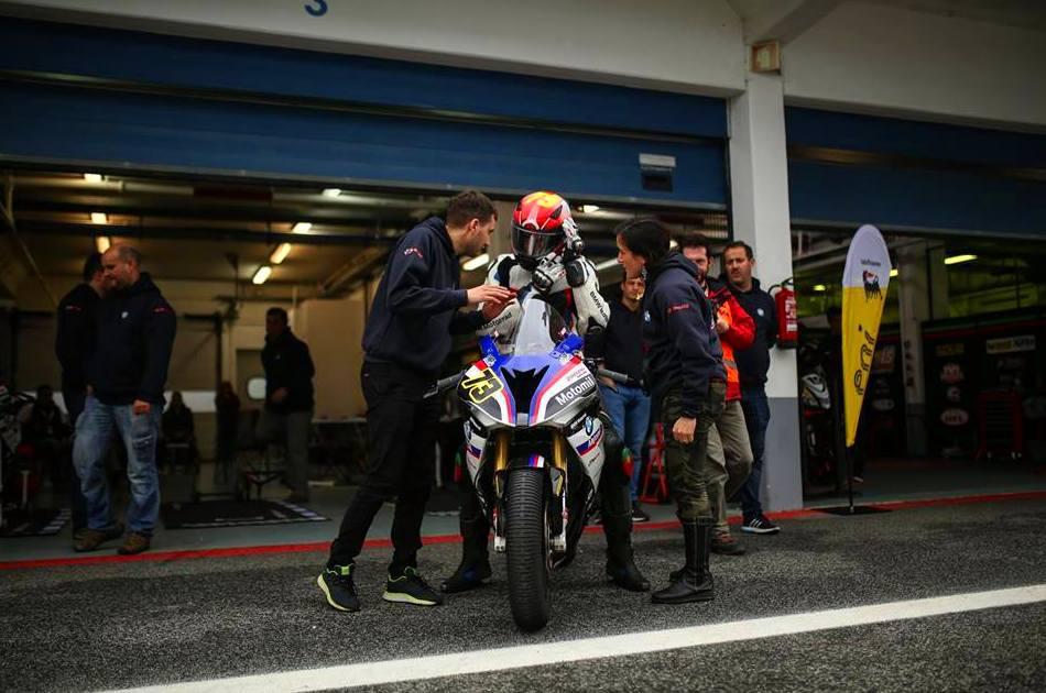 Foto 2 de Taller de diagnosis, reparación y mantenimiento en Vigo | CRF Motosport