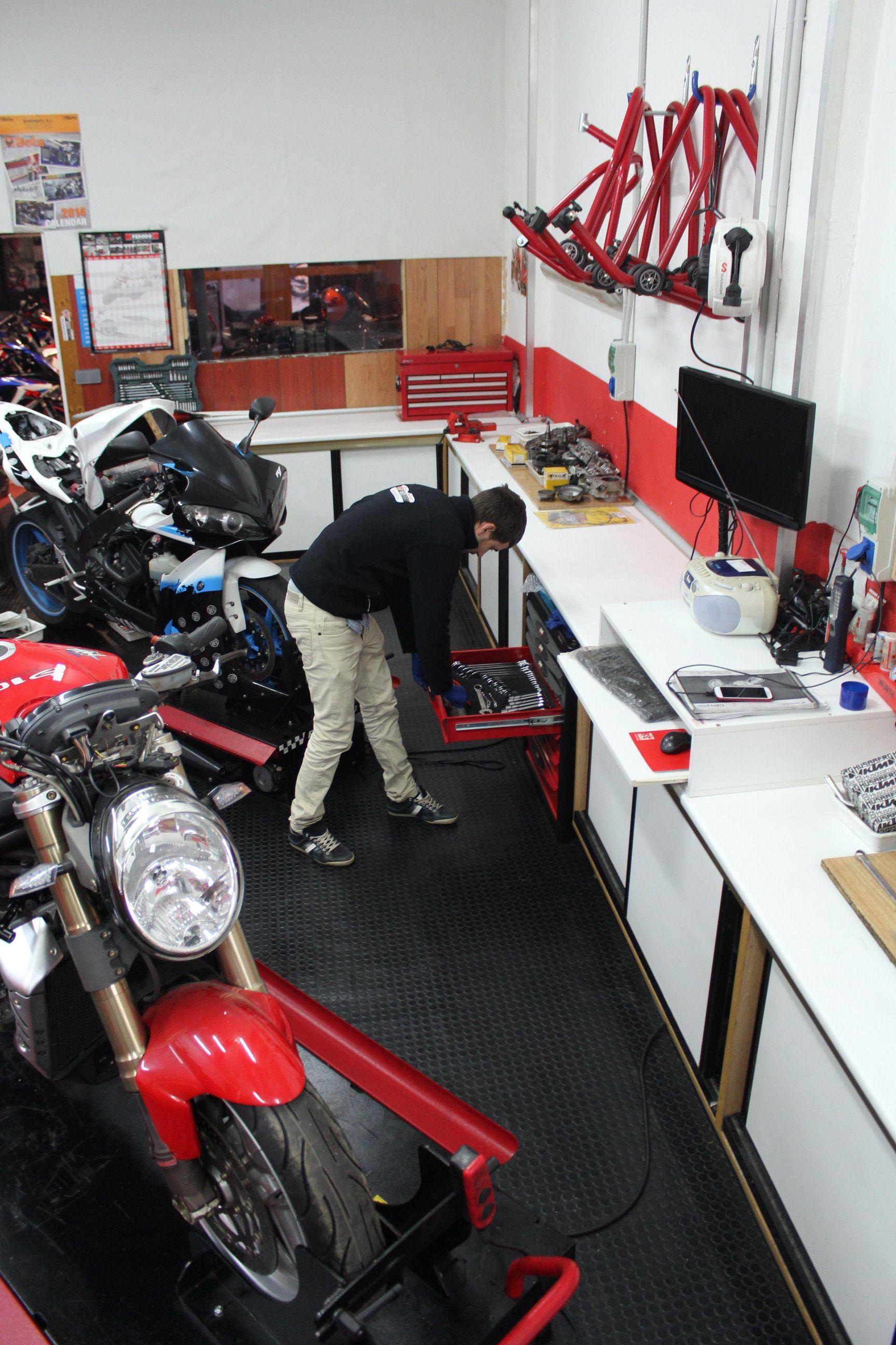PreITV: Servicios de CRF Motosport