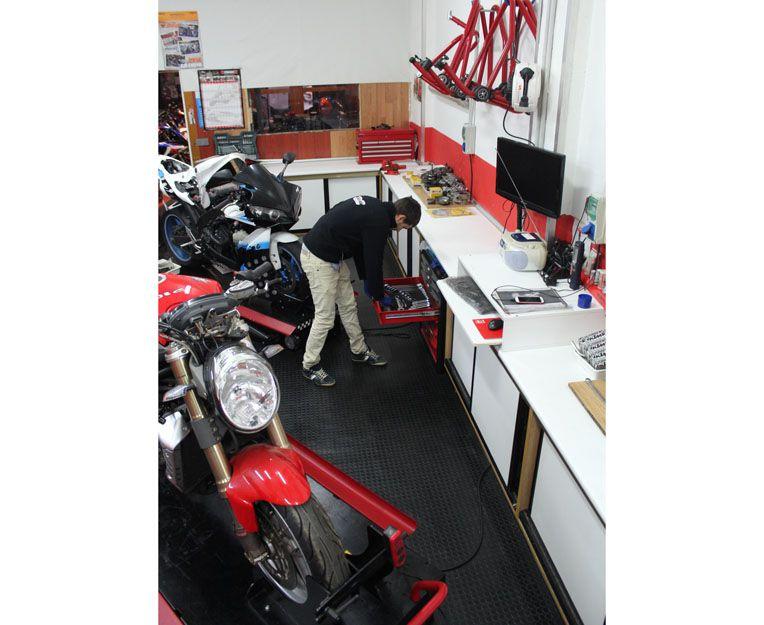 Taller de motos de confianza en Vigo