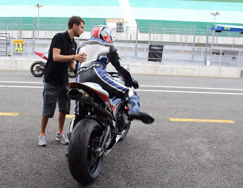 Taller especializado en motos de competición en Vigo