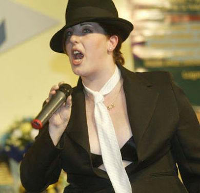 Concurso de karaoke en Lemon 2