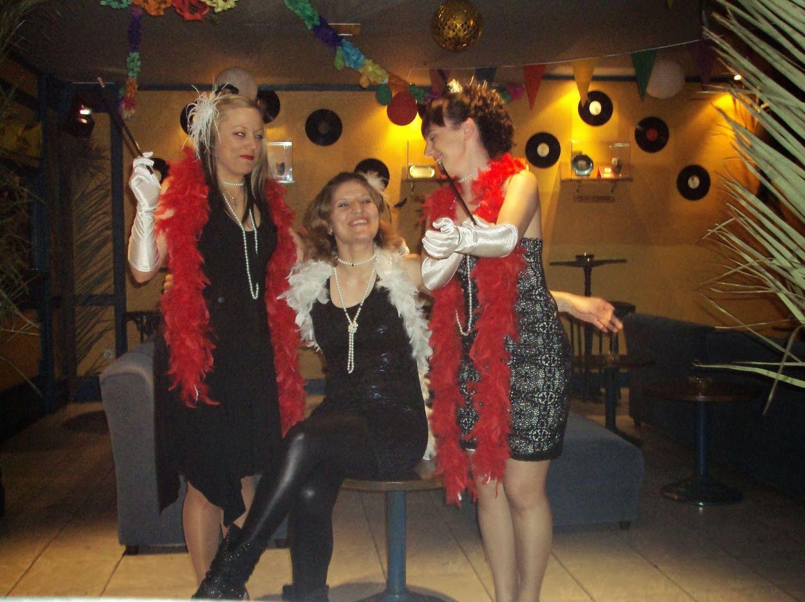 Discoteca y sala de karaoke