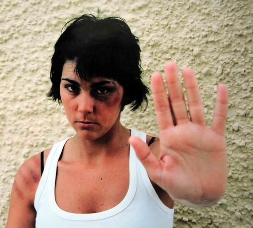mujeres-maltratadas-aprender-a-decir-basta_ufh06.jpg