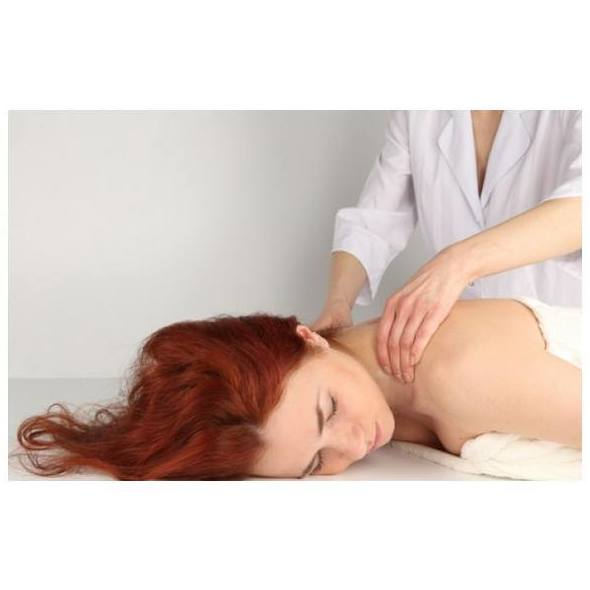 Masajes relajantes: Estética y salud de Centro de Estética Carmen Náñez