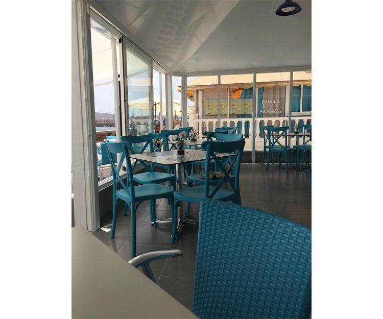 Restaurant specialising in sea food in Arona