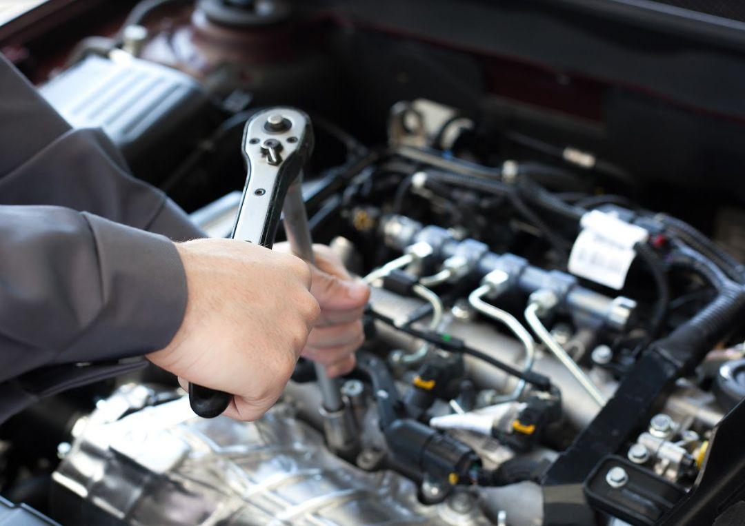 Mecánica rápida de coche en Xirivella