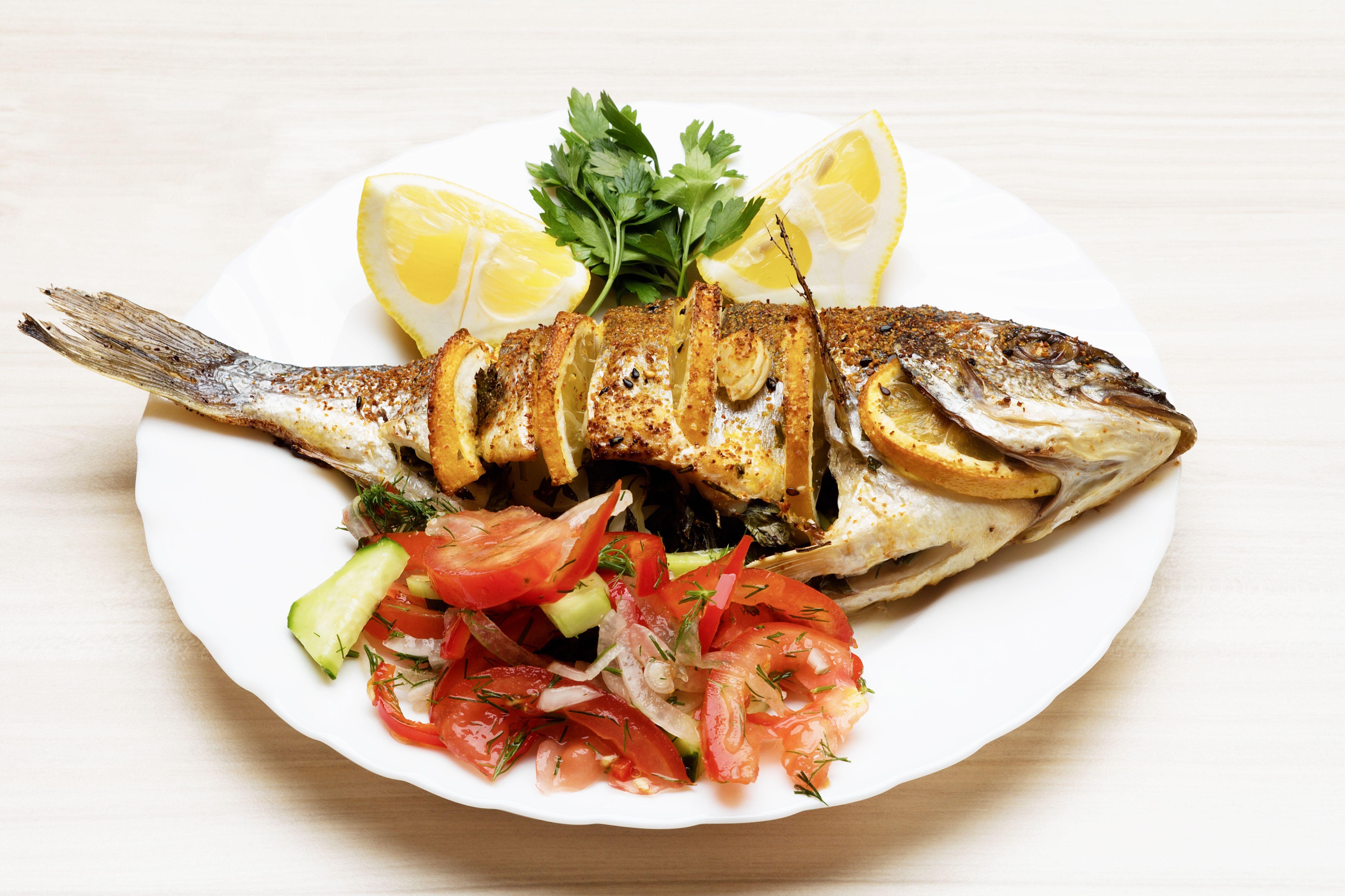 Pescados y guisos marineros: Menús de Restaurante El Titi