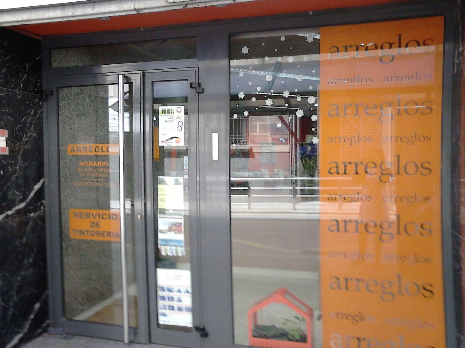 Foto 16 de Arreglos de ropa en Bilbao | A'Coser