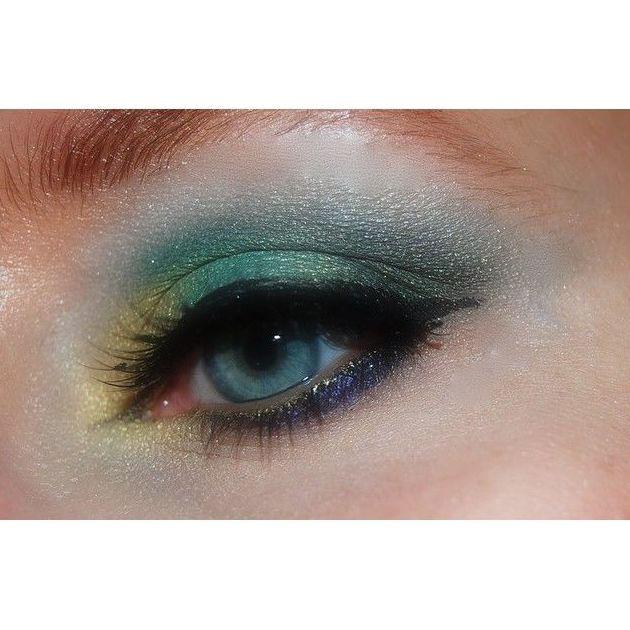 Maquillaje: Servicios de Bika depilación con hilo