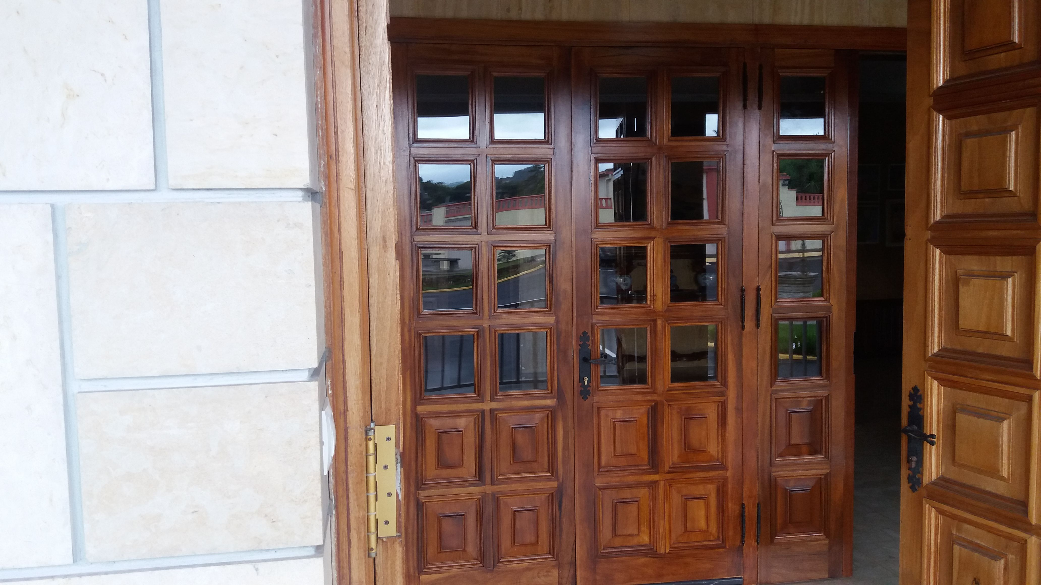 Tratamiento de carpintería para una mayor eficiencia energética en Gijón