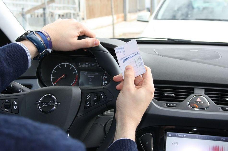 Los conductores perdieron cinco mil puntos del carné el pasado año en la ciudad de Avilés