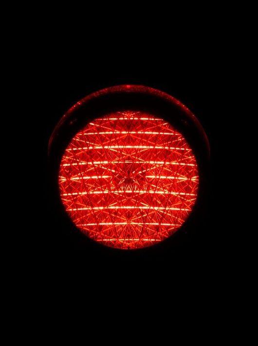 El Supremo cuestiona el foto-rojo, sistema que recauda más de un millón al año en la región