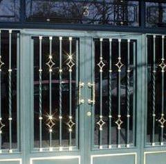 Puertas: Catálogo aluminio y cerrajería de Aluminios Diego y Aldaba