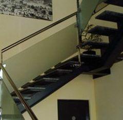 Escaleras: Catálogo aluminio y cerrajería de Aluminios Diego y Aldaba
