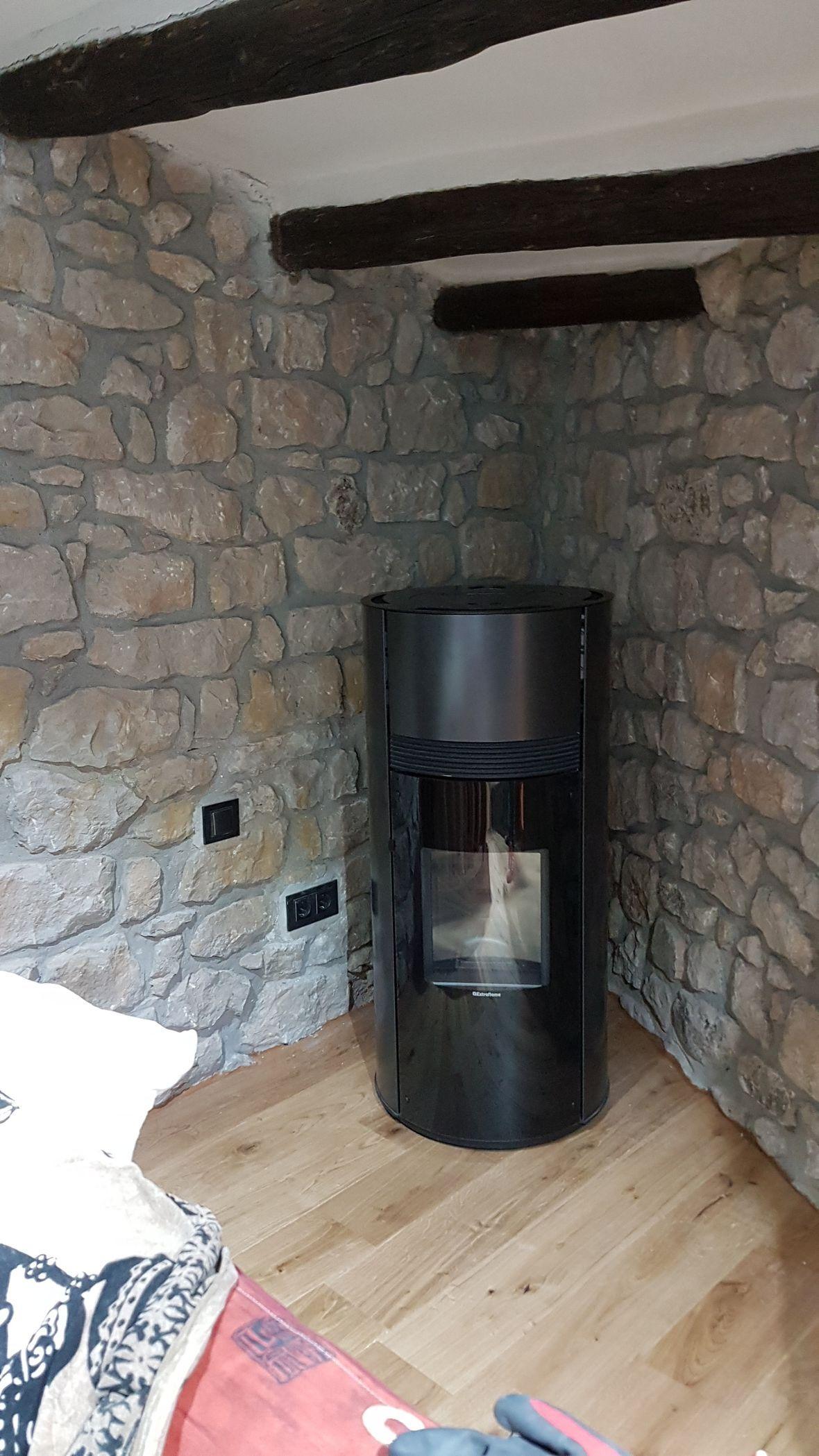 Instalación de estufas, termoestufas y calderas biomasa: Servicios de Bioponent