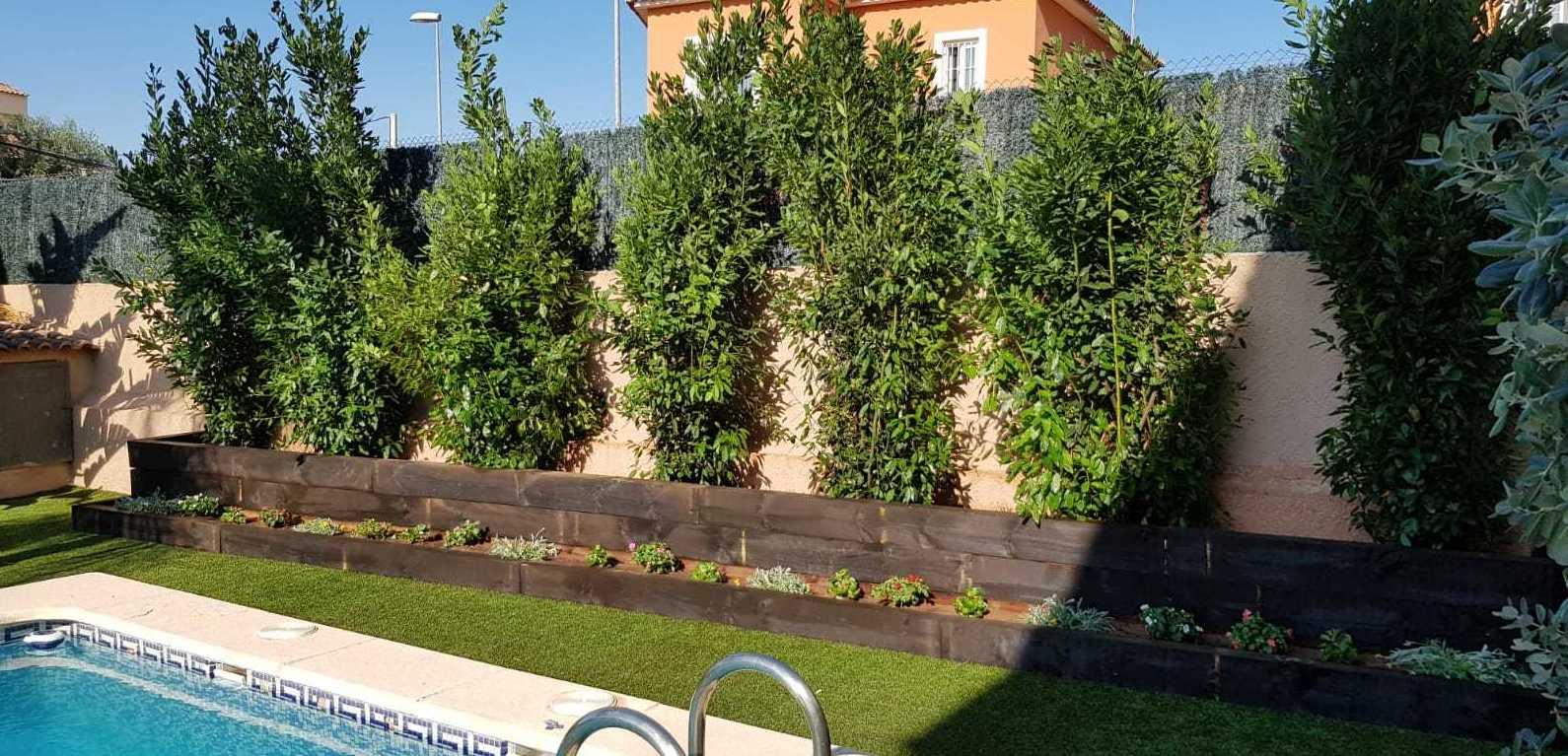 Proyecto jardinera con ecotraviesas en Valencia