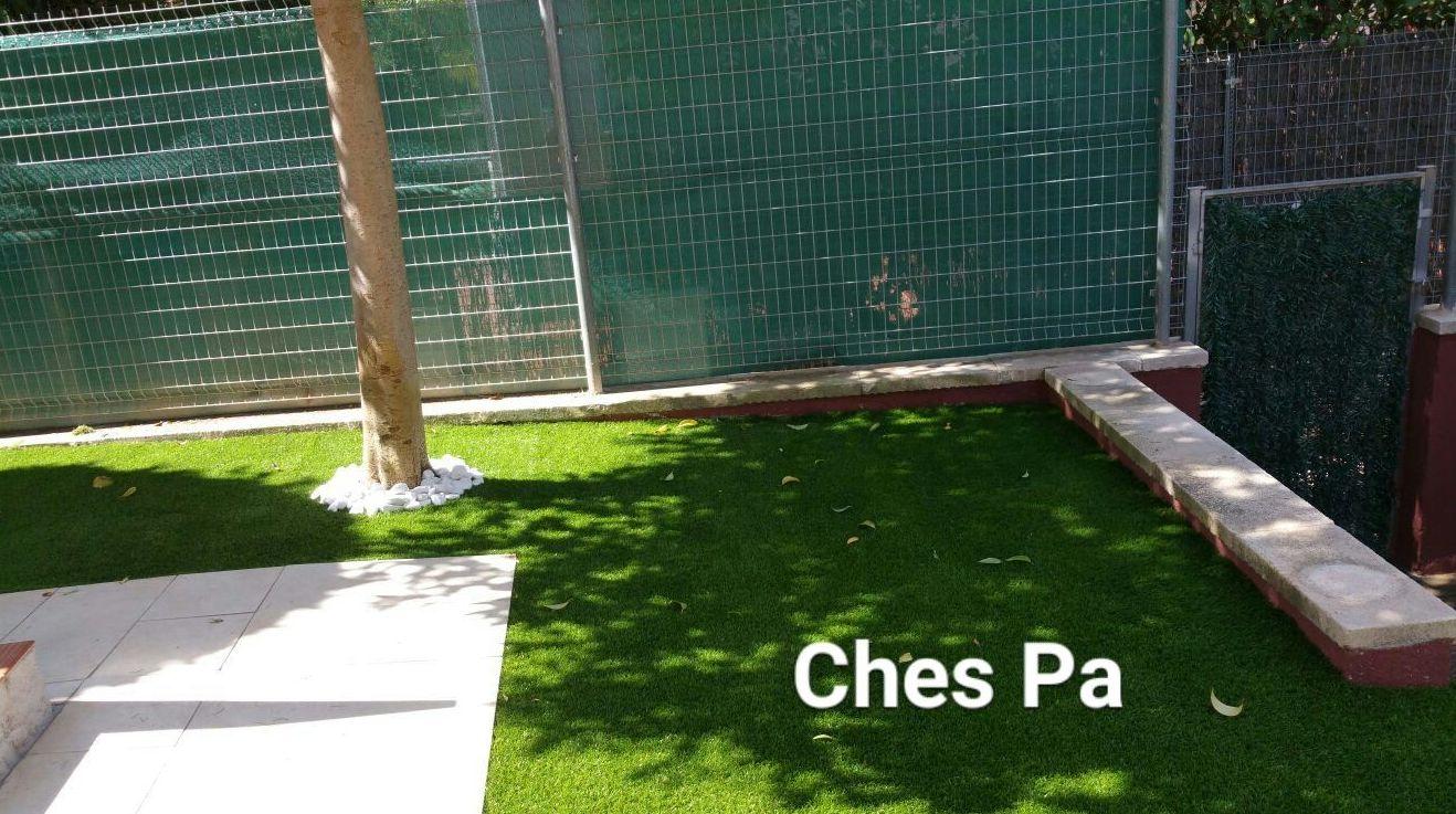 Proyecto en vivienda particular con césped artificial en Valencia