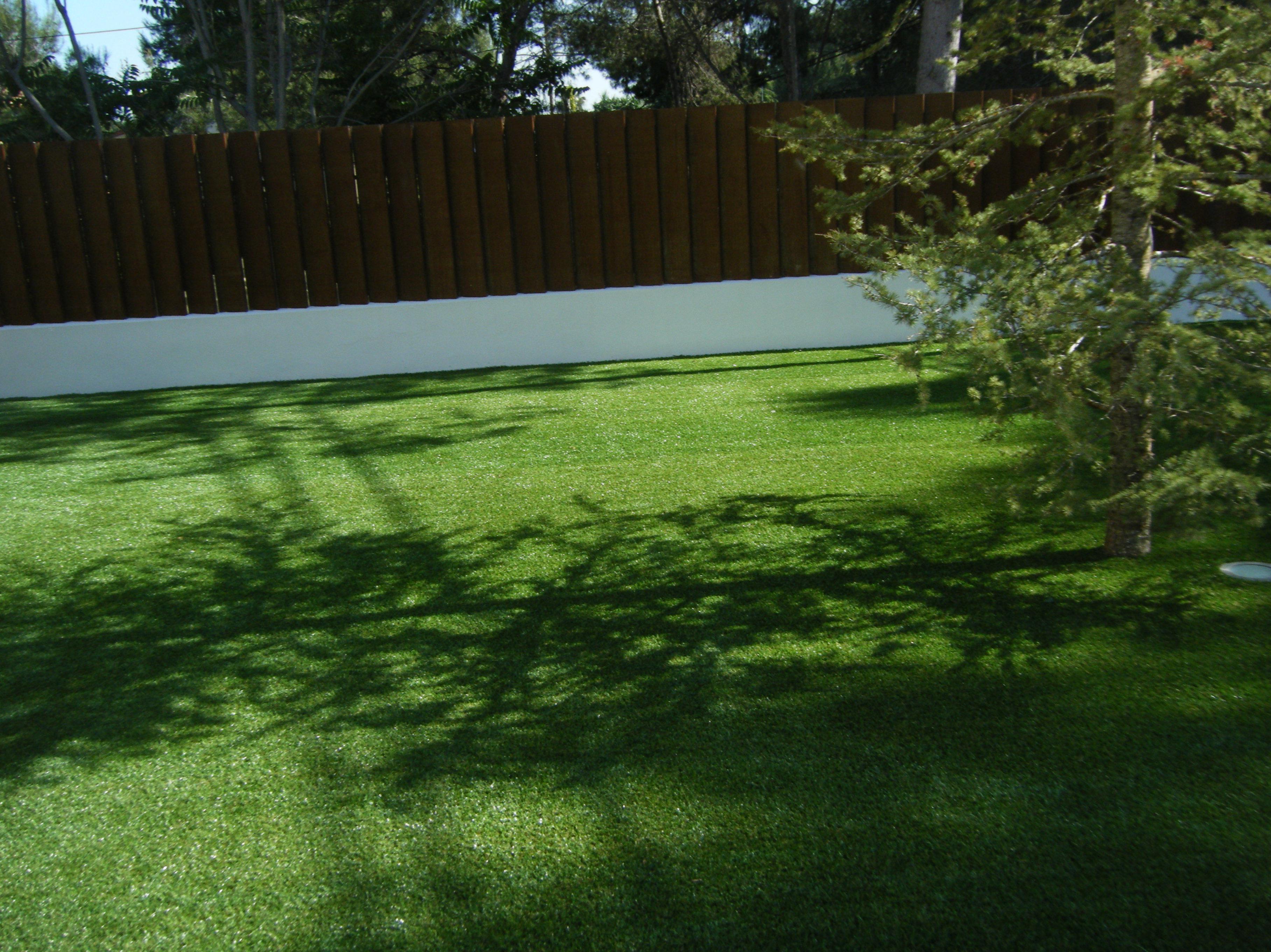 Proyecto paisajismo Ches Pa en jardín, Valencia . Después.