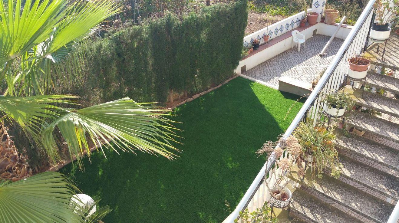 Montaje antes - después en jardín particular en Valencia