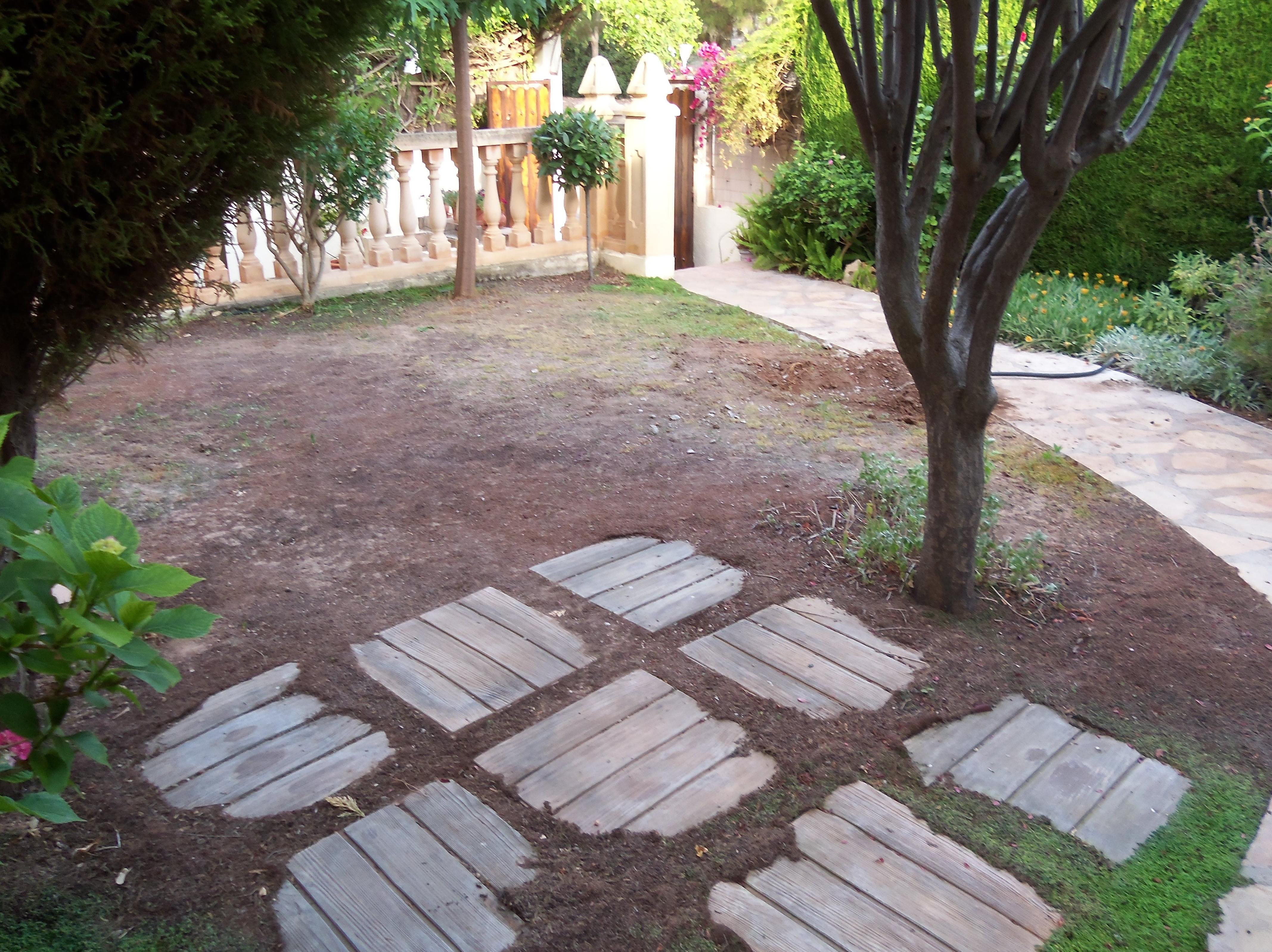 Proyecto Ches Pa con césped artificial en jardín particular en Valencia - Antes........