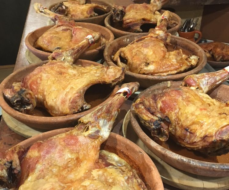 Lechales asados en Segovia