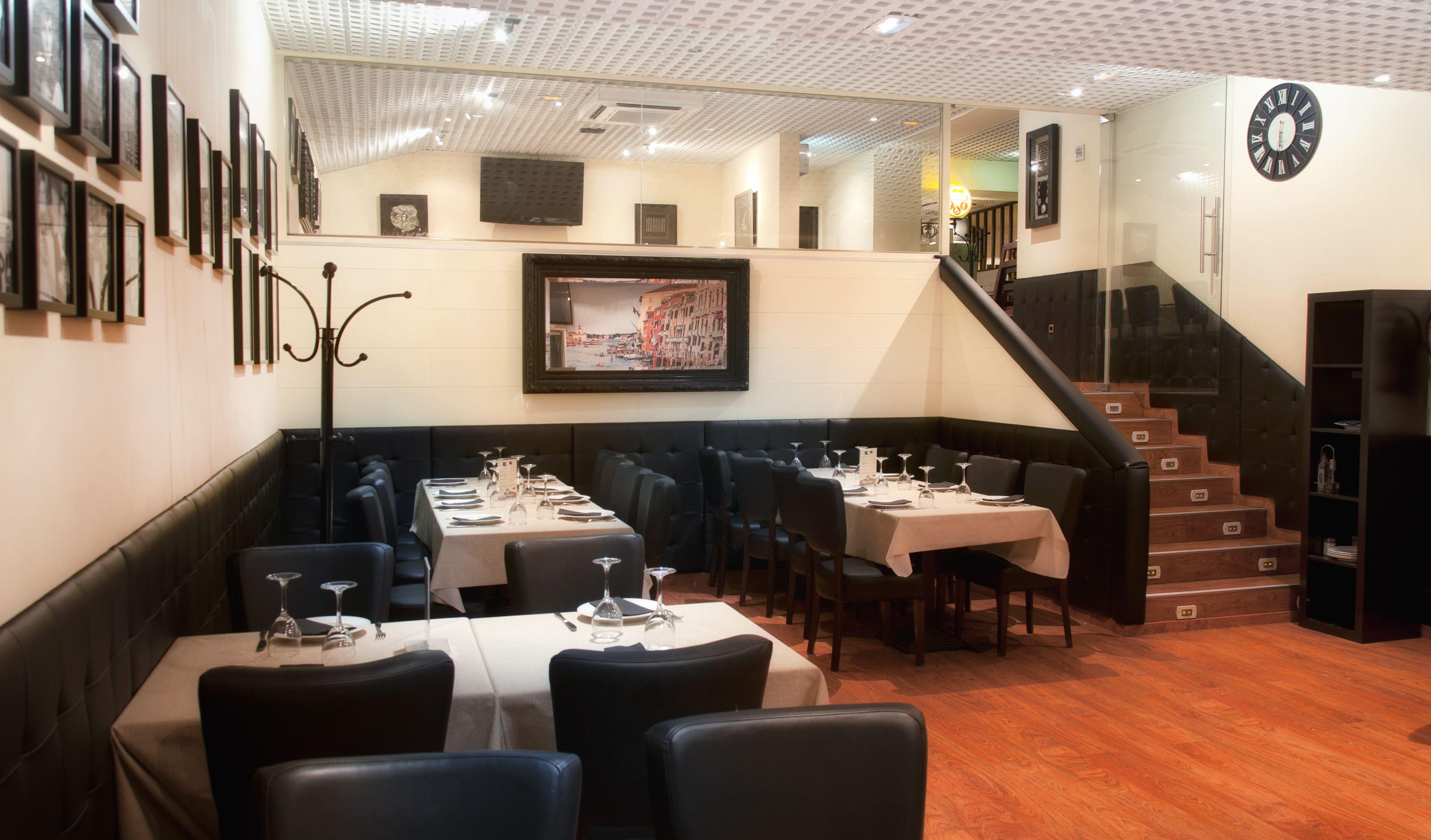 Foto 30 de Restaurante italiano en Collado Villalba | Restaurante Robertinos