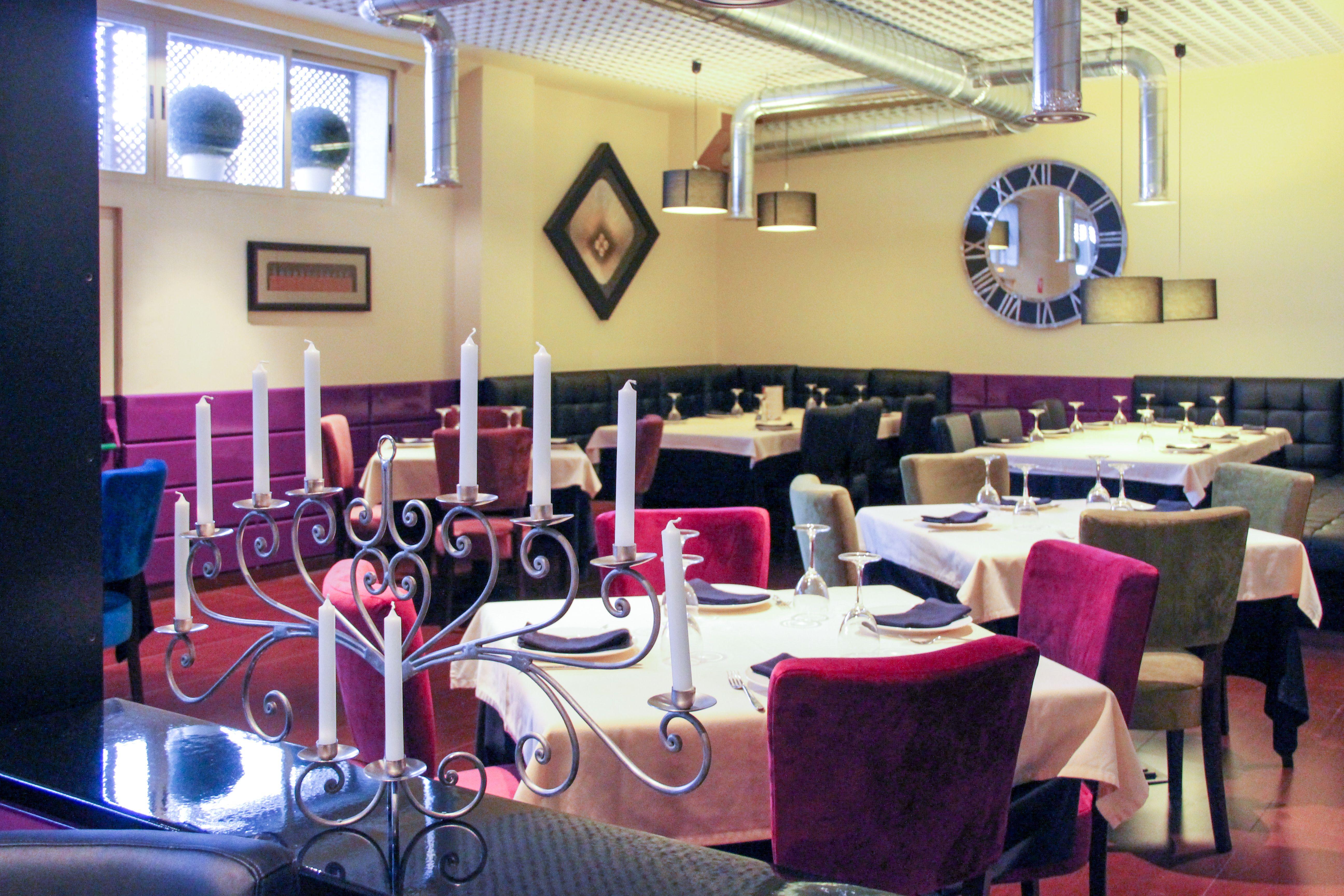 Comedor Local Restaurante Robertinos