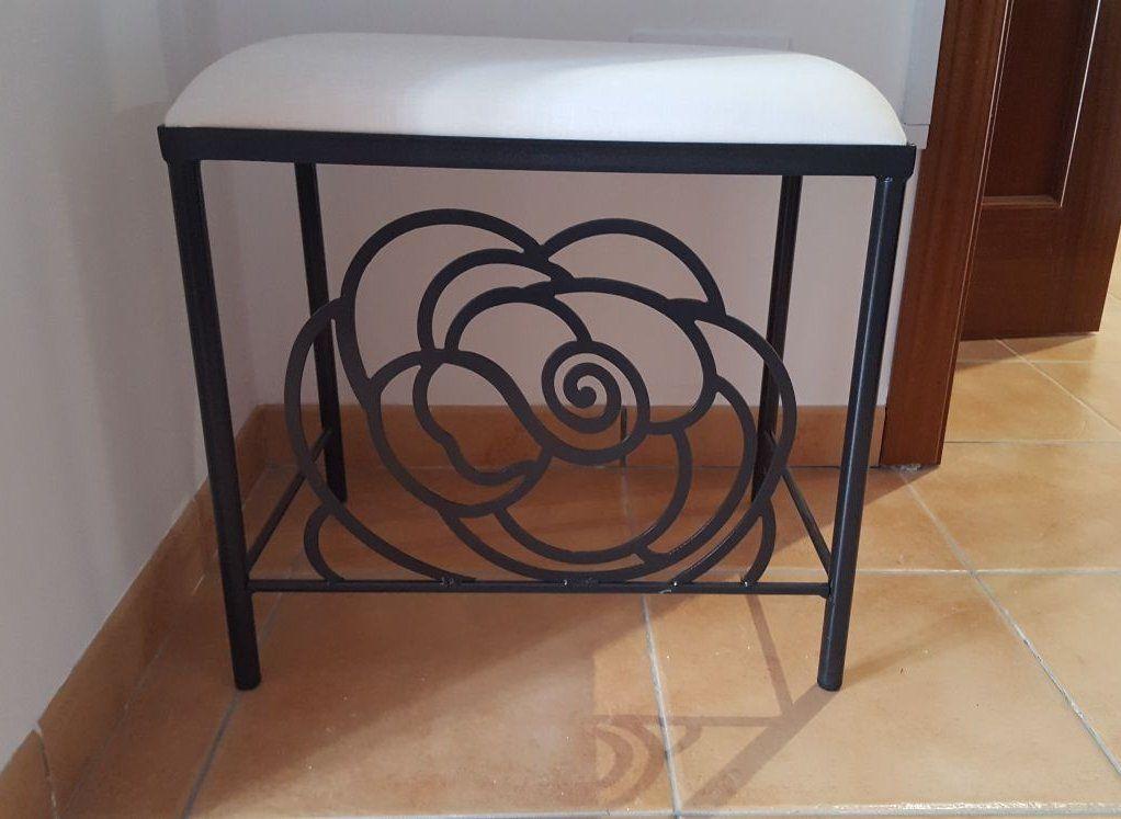 Banqueta Rosa: Catálogo de muebles de forja de Forja Manuel Jiménez